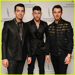 Jonas Brothers Light Up Fontainebleau Miami Beach Stage for New Year's Eve!