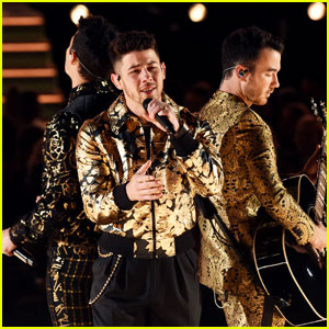 Jonas Brothers Debut New Song 'Five More Minutes' During Performance at Grammys 2020