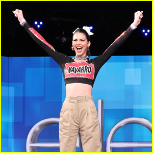 Kendall Jenner Learns Cheer Stunts from Netflix's 'Cheer' Cast - Watch!