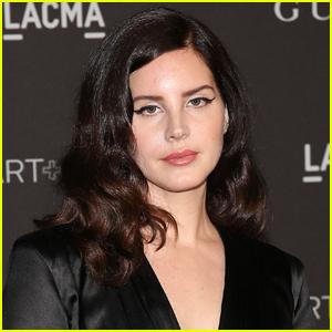 Lana Del Rey Pushes Back Release of Spoken Word Album