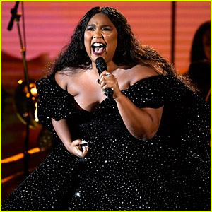 Lizzo Opens Grammys 2020 with a Kobe Bryant Tribute