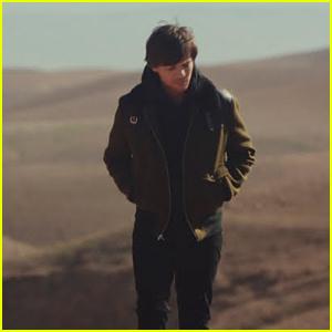 Louis Tomlinson Debuts 'Walls' Music Video - Watch!