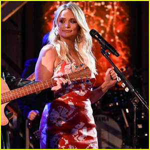 Miranda Lambert Performs 'Tequila Does' on 'The Late Show'!