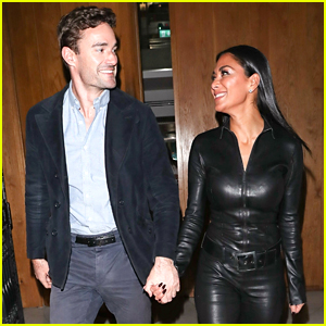 Nicole Scherzinger & Thom Evans Hold Hands Out in London
