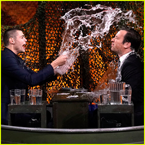 Noah Centineo & Jimmy Fallon Throw Cups of Water on Each Other (Video)