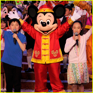 Shanghai Disney Resort Shuts Down as Coronavirus Spreads Across China