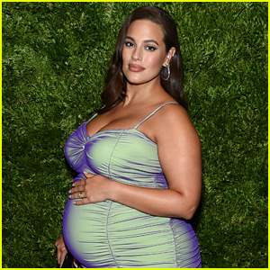 Ashley Graham Shows Off Stretch Marks, One Month After Giving Birth