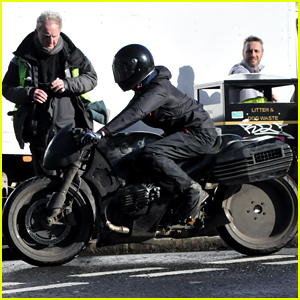 'The Batman' Movie Films Motorcycle Scene - See the Set Pics!