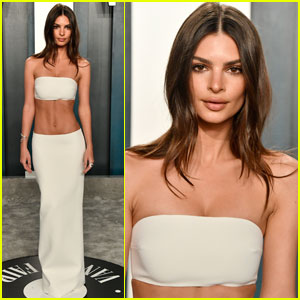 Emily Ratajkowski Shows Off Her Toned Abs at Vanity Fair Oscar Party 2020!