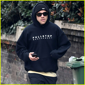 Harry Styles Bundles Up for a Jog in London Ahead of BRITs