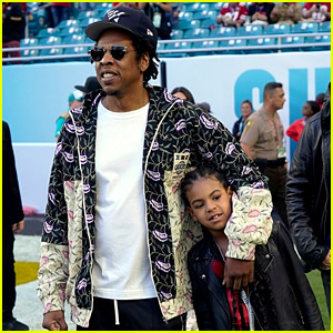 Jay-Z & Blue Ivy Carter Walk the Field at Super Bowl 2020!