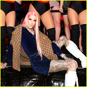 Newly Single Jeffree Star Parties in Las Vegas for Valentine's Day