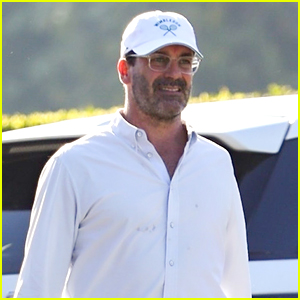 Jon Hamm Says Working With Tom Cruise Was A 'Phenomenal Experience'