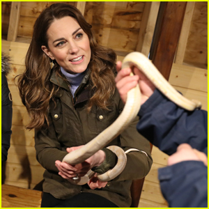 Kate Middleton Gets Wrapped Up By Snake & Is Completely Unbothered By It!