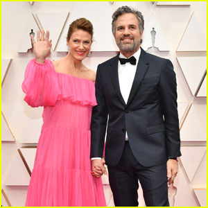 Mark Ruffalo & Wife Sunrise Coigney Couple Up For Oscars 2020