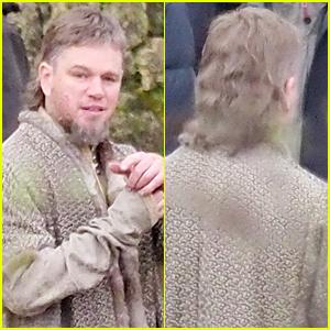 Matt Damon Sports Epic Mullet on 'Last Duel' Set   Jodie ...