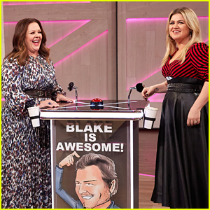 Melissa McCarthy & Kelly Clarkson Battle It Out In 'Gilmore Girls' Trivia
