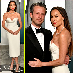 Minnie Driver Attends The Vanity Fair Oscar Party 2020 With Fiance Addison O Dea 2020 Oscars Parties Addison O Dea Minnie Driver Just Jared