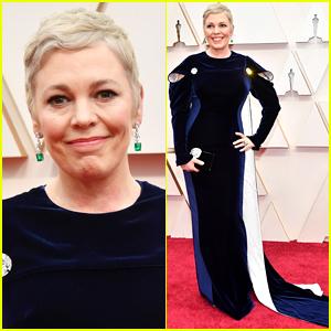 Oscar Winner Olivia Colman Debuts Blonde Hair at Academy Awards 2020