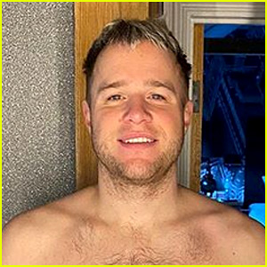Olly Murs Shows Off His Dramatic Weight Loss in Shirtless Selfies - See His Transformation!