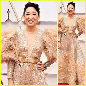 Sandra Oh Sparkles on the Red Carpet at Oscars 2020