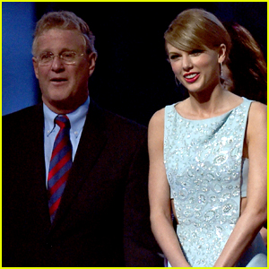 Taylor Swift's Dad Fights Off Trespasser in Apartment