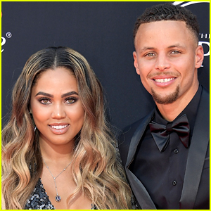 Steph Curry's Sexy Photo with Wife Ayesha Goes Viral & She Has Some Thoughts About It!
