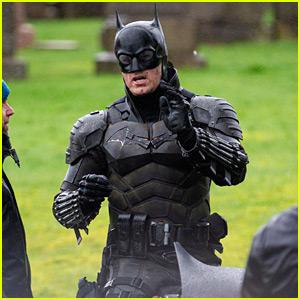 'The Batman' Set Photos Reveal Closer Look at New Batsuit!
