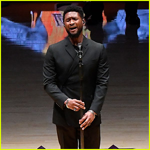 Usher Sings 'Amazing Grace' for Kobe Bryant at First Lakers Game Since His Death (Video)