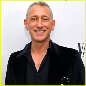 Disney+ Brings In Adam Shankman To Direct 'Hocus Pocus 2'