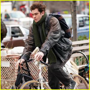 Andrew Garfield Zips Through Manhattan While Filming 'Tick, Tick...Boom'