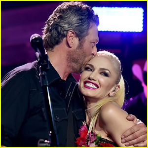 Gwen Stefani Gives Blake Shelton Stripes in His Hair Amid Quarantine & Gets 'Tiger King' Comparisons