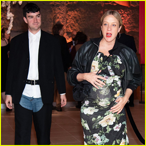 Pregnant Chloe Sevigny & Sinisa Mackovic Couple Up at New Group's 25th Anniversary Gala!