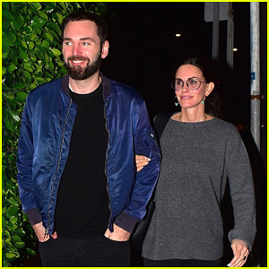 Courteney Cox & Johnny McDaid Enjoy A Dinner Date Night Out