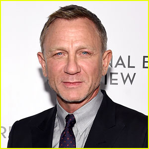Daniel Craig Reveals the Superheroes He Wanted to Play While Growing Up
