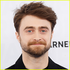 Daniel Radcliffe Thinks He Knows Why Everyone Thinks He Has Coronavirus After That Viral Fake Tweet
