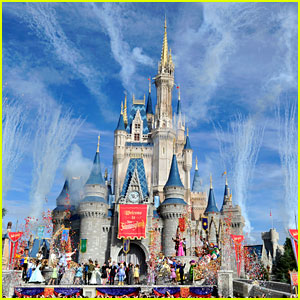 Disney Parks in California, Florida, & Paris Are All Closing Now Amid Coronavirus, Workers Will Still Be Paid