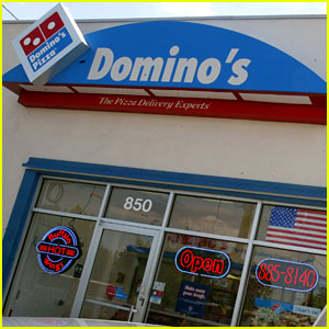 Domino's Is Hiring 10,000 Workers Because of Higher Demand