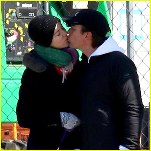 Ewan McGregor & Girlfriend Mary Elizabeth Winstead Share a Kiss While Walking Their Dog in NYC