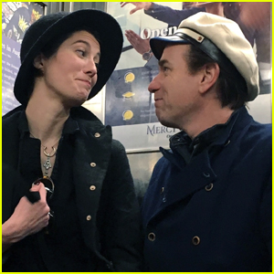 Ewan McGregor & Mary Elizabeth Winstead Look So in Love on Subway Ride!