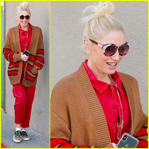 Gwen Stefani Surprises Crowd With 'Nobody Like You' Duet at Blake Shelton's Concert