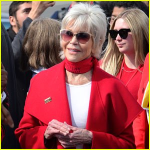 Jane Fonda Endorses Bernie Sanders Because of His Views on Climate Change