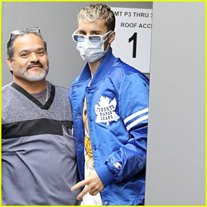 Justin Bieber Wears a Face Mask While Arrivng at Medical Building with Hailey