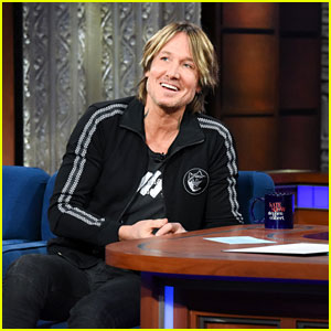 Keith Urban Reveals the First Concert He & Nicole Kidman Took Their Daughters To!