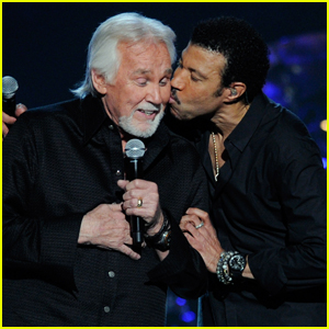 Lionel Richie Mourns the Death of One of His 'Closest Friends' Kenny Rogers