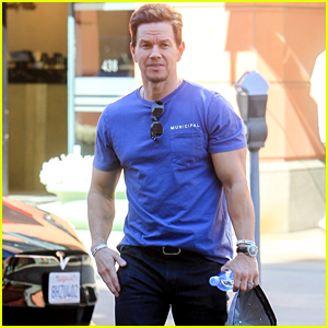 Mark Wahlberg Shows Off His Muscles While Shopping in Beverly Hills
