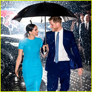 These Photos of Meghan Markle & Prince Harry Walking in the Rain Look Like Movie Magic!