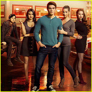 'Riverdale' Suspends Production Amid Coronavirus Concerns