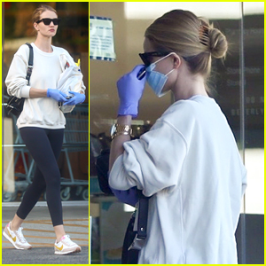 Rosie Huntington-Whiteley Wears Mask For Rite Aid Run