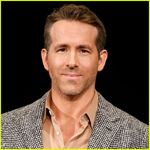 Ryan Reynolds Signs Up To Star & Produce 'Dragon's Lair' Movie Based on Arcade Game